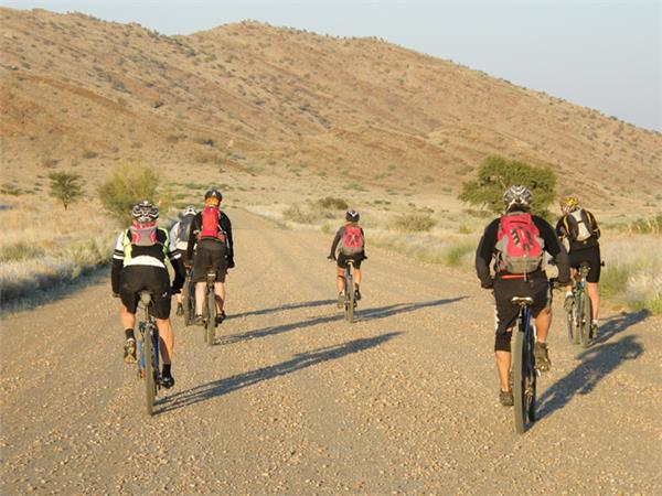 Namibia biking vacation