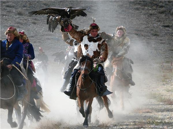 Wild Mongolia and Golden Eagle Festival vacation