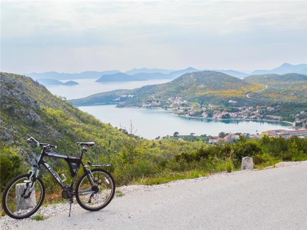 Cycle the Dalmatian Coast in Croatia