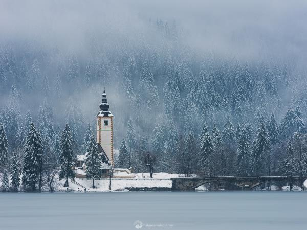 Slovenia winter photography vacation