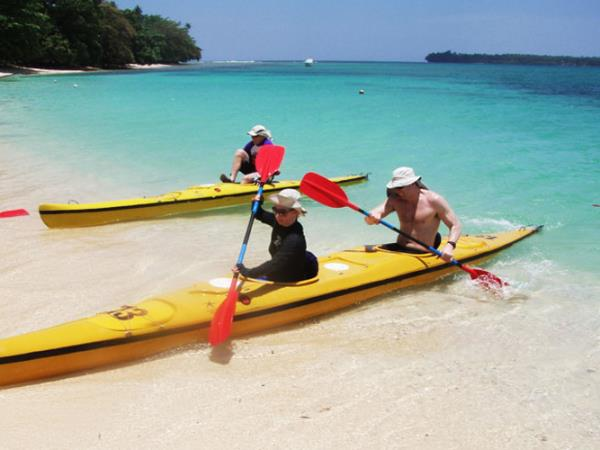 Papua New Guinea sea kayaking vacation