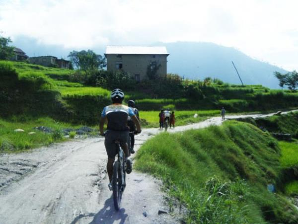Kathmandu Valley mountain biking vacation, Nepal