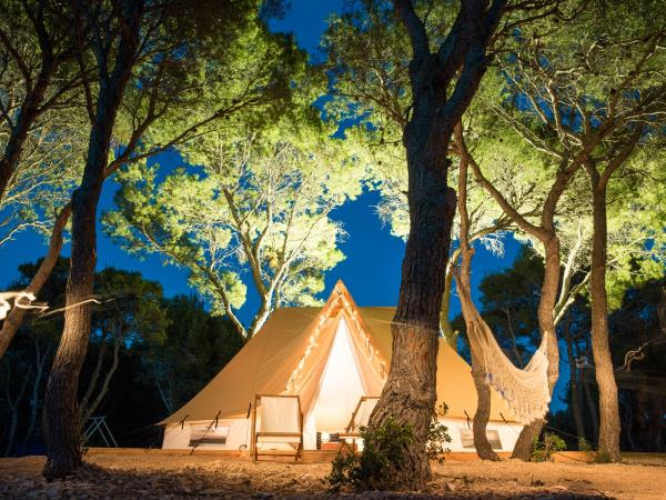 Croatia bell tent and island experience