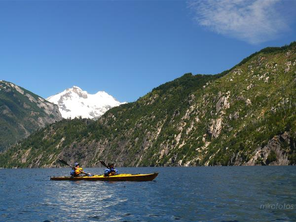 Bariloche kayaking vacation in Patagonia