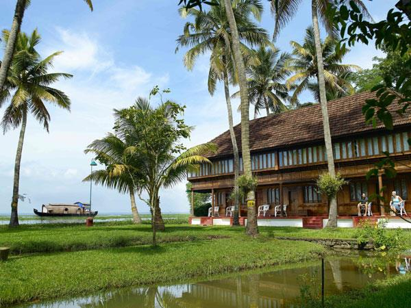 Kerala luxury vacation