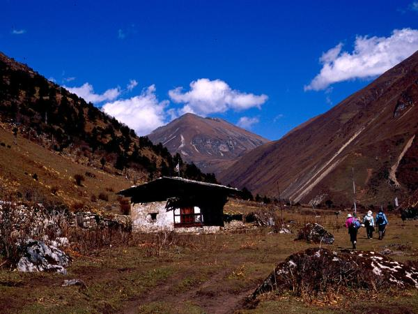 Dagala Thousand Lakes trekking vacation, Bhutan