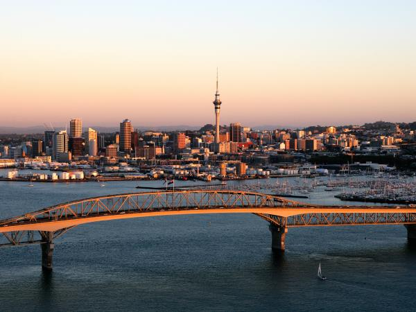 New Zealand small group tour, 23 days