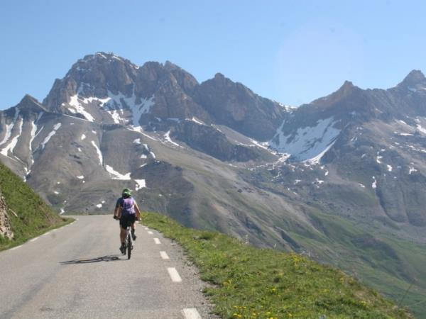 Self guided biking vacation in the French Alps