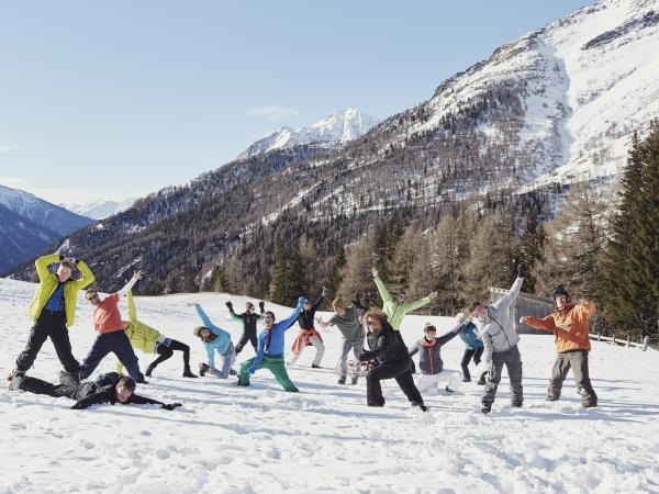Austria skiing and winter activity vacation