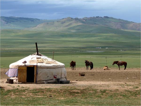 Mongolia adventure vacation, off the beaten track