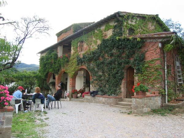 Chianti castles horse riding holiday in Italy