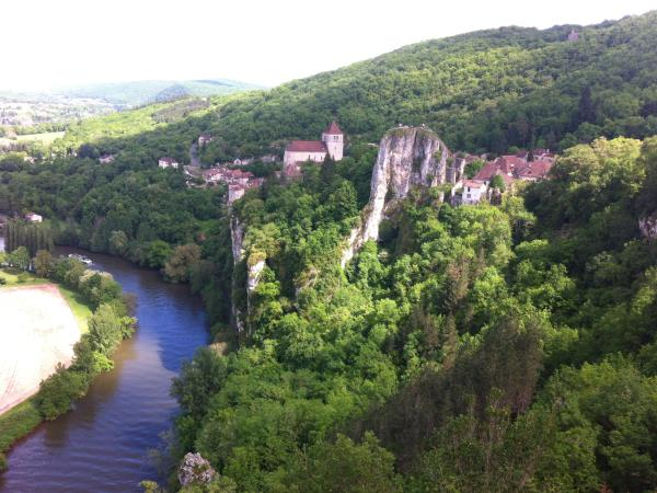 Dordogne biycling tour, France