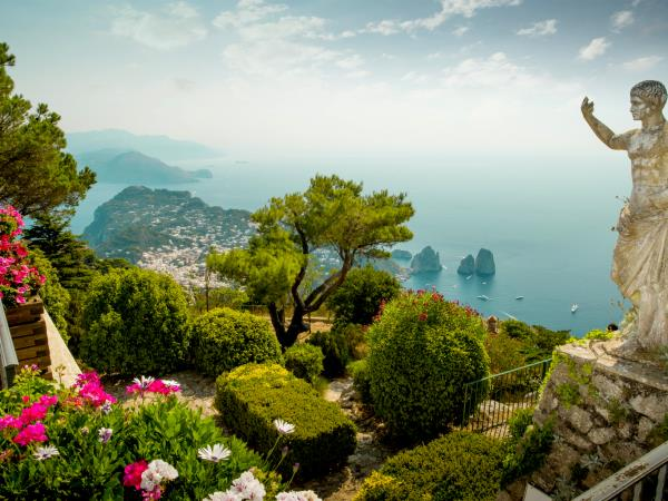 Amalfi and Sorrento hiking vacation, Italy