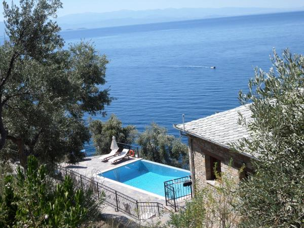 Vacation house and yoga retreat venue, Lefokastro Greece