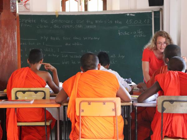 Teach English to monks in Sri Lanka