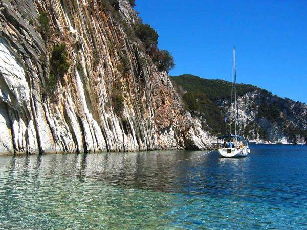 Yacht charter in Greece, families