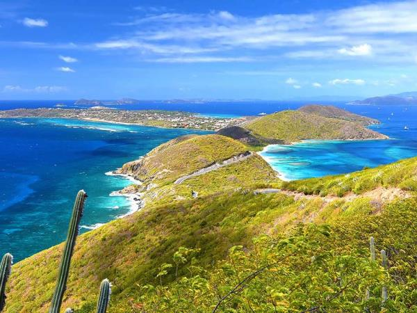Yacht charter in the Britsh Virgin Islands, 8-12 people