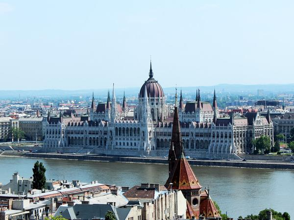 Budapest to Venice small group tour
