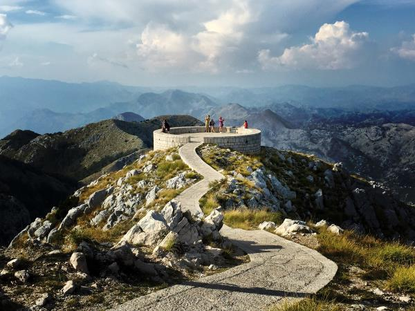 Montenegro active vacation, tailor-made