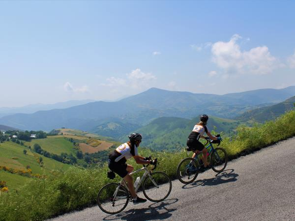 London to Istanbul cycling tour