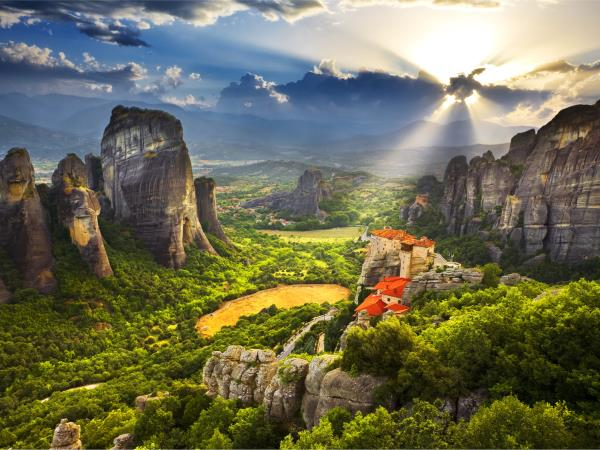 Meteora and Pindos Mountains hiking vacation in Greece