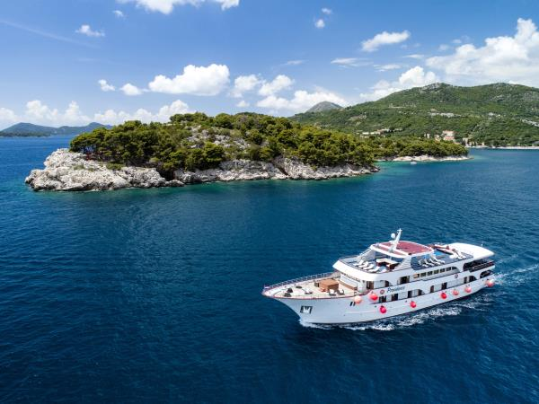 Croatia highlights vacation, cruise by M/S Providenca
