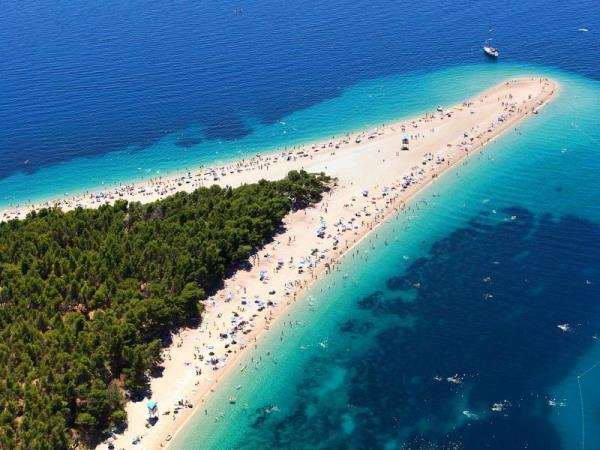 Croatia island hopping vacation
