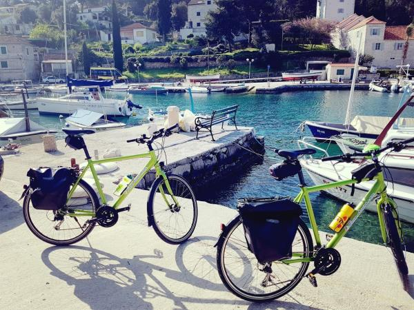 Semi guided cycling tour from Split to Dubrovnik