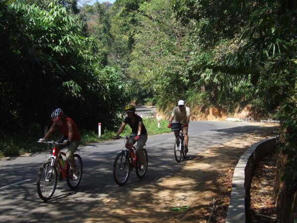 Kerala cycling tours