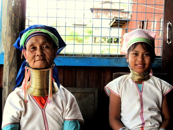 Myanmar tribes and temples tour