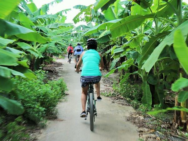 Activity vacation in Vietnam hike, bike & kayak