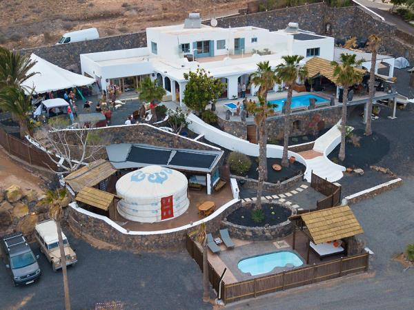 Lanzarote 8 bedroom villa and yurt