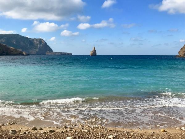 Yoga and meditation retreat in Ibiza