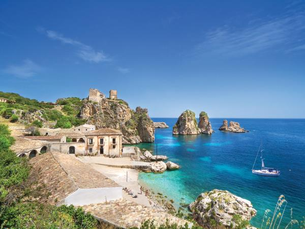 Sicily bareboat sailing vacation