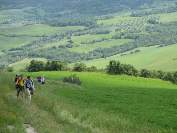 Umbria to Tuscany walking and cooking vacation