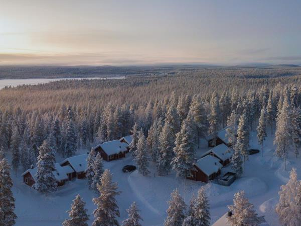 Winter cottage vacation in Finnish Lapland