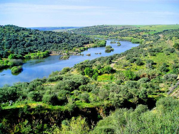 Portugal self guided walking vacation in Alentejo