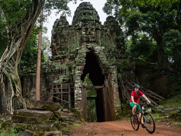 Cambodia biking tour