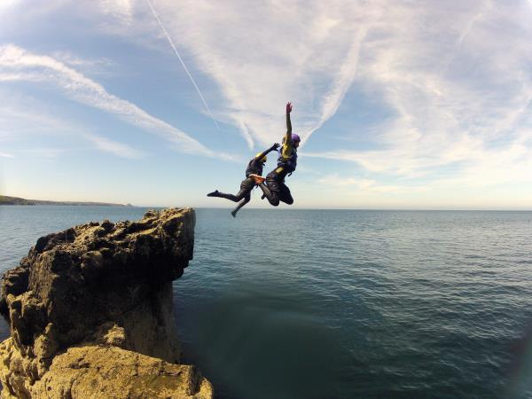 Coasteering weekend in Wales