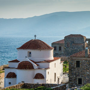 Best time to visit mainland Greece