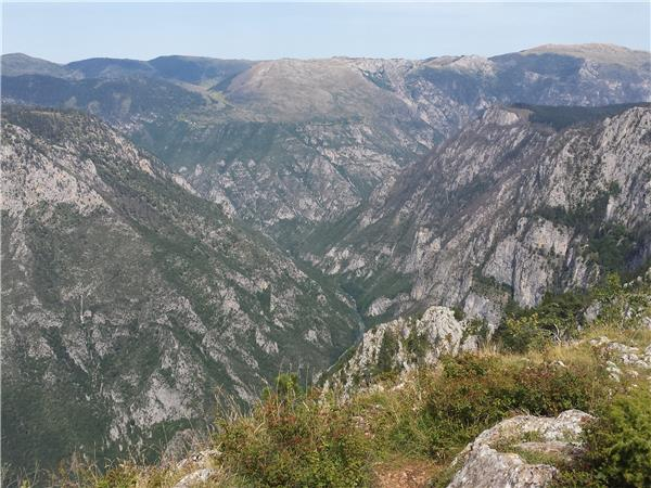 Montenegro hiking vacations