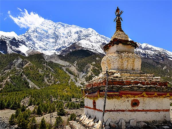 Annapurna luxury vacation in Nepal