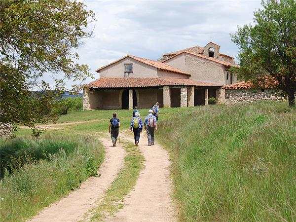 Sierra de las Mamblas walking vacation in Spain