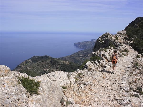 Mallorca walking vacation in the Balearic Islands, Spain