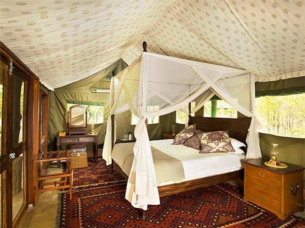 South Luangwa walking safari in Zambia