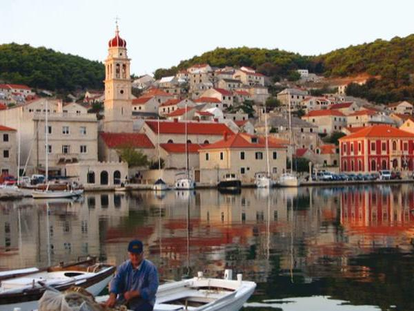Croatia family vacation, bike and boat
