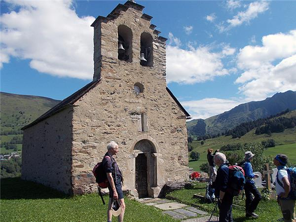 Walking vacation in the French Pyrenees