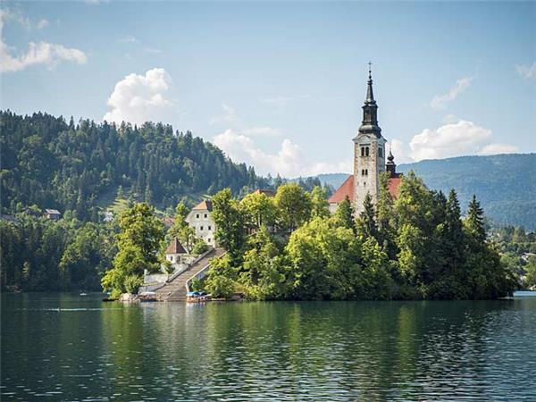 Slovenia vacations, Lakes & Mountains
