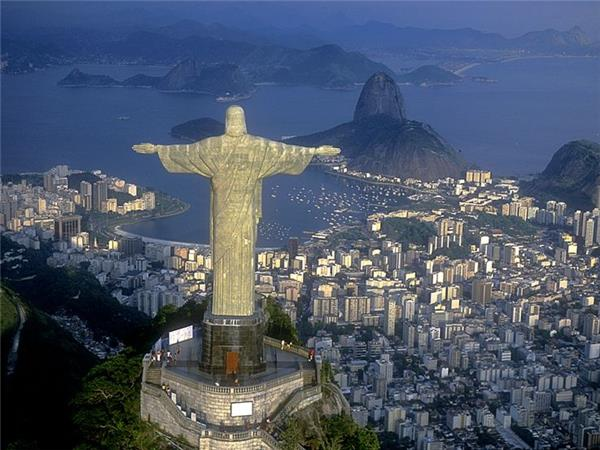 Lima to Rio tour by overland truck