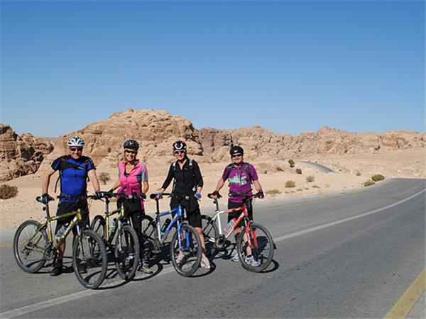 Petra and Wadi Rum by bike, Jordan